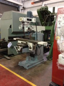 TOS FNK 25 TURRET MILLING MACHINE, R8 TAPER
