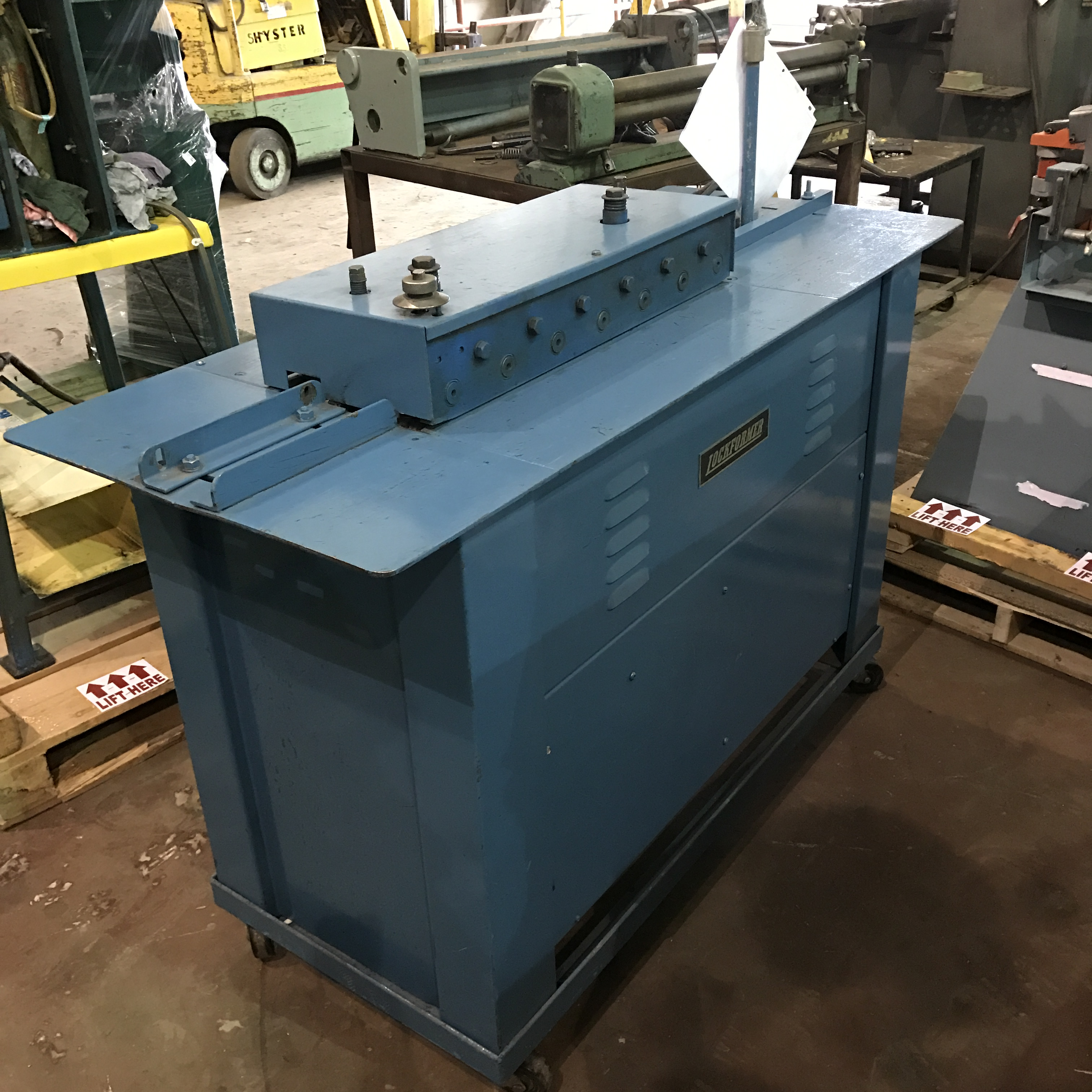 lockformer machine